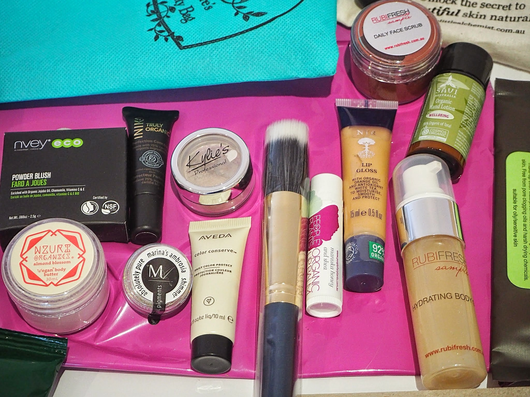 nature's beauty bag mail goodie box april 2015 review
